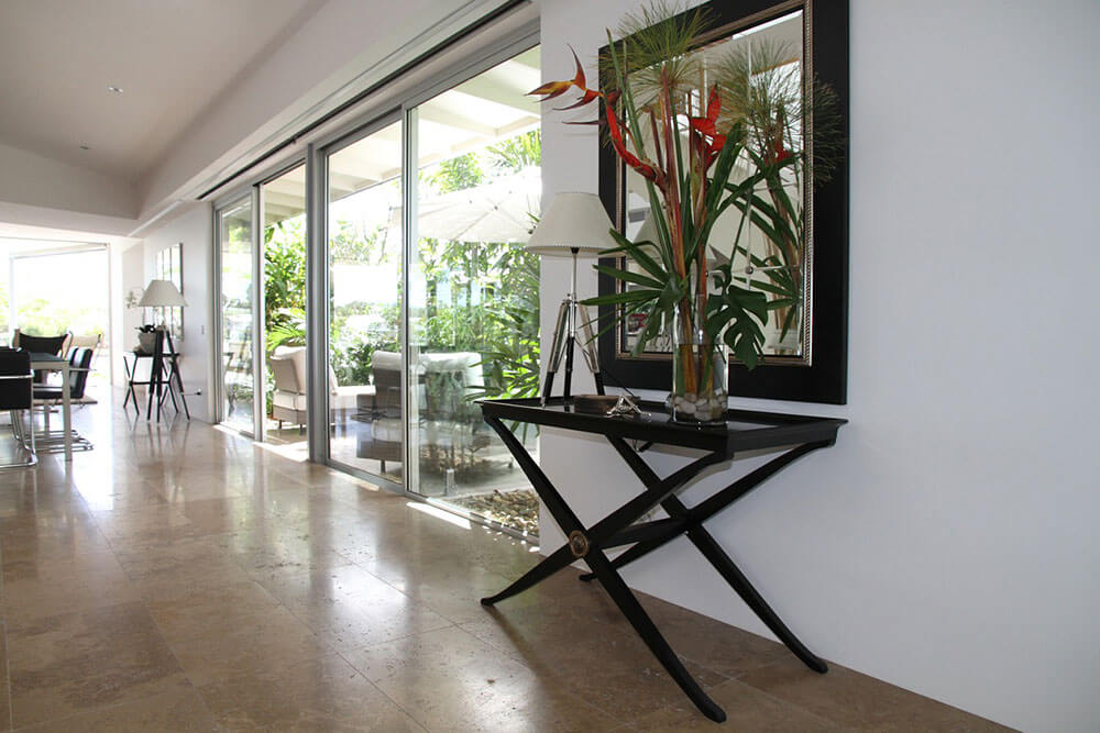 The Biggest Benefits of Residential Glass Walls