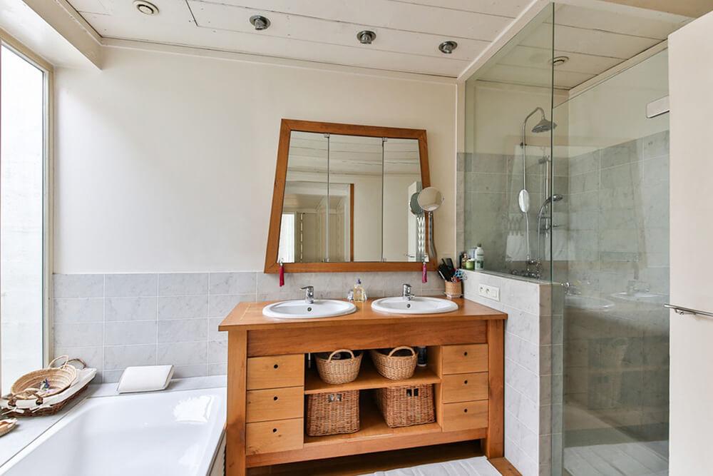 7 Glass Shower Enclosure Design Tips