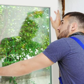 Can A Cracked House Window Be Repaired
